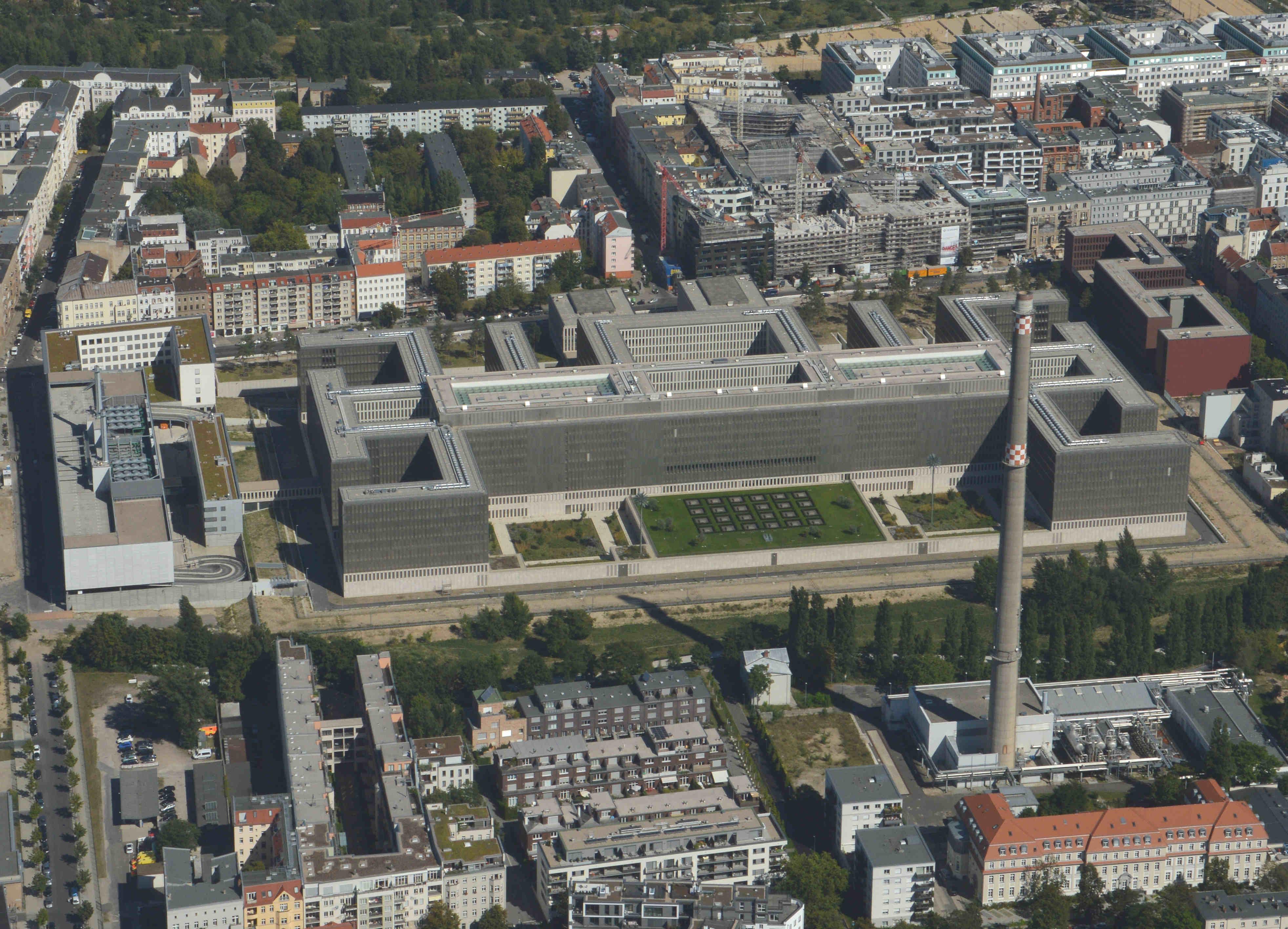 Diese Luftbilder zeigen den Berliner Spätsommer von oben ...