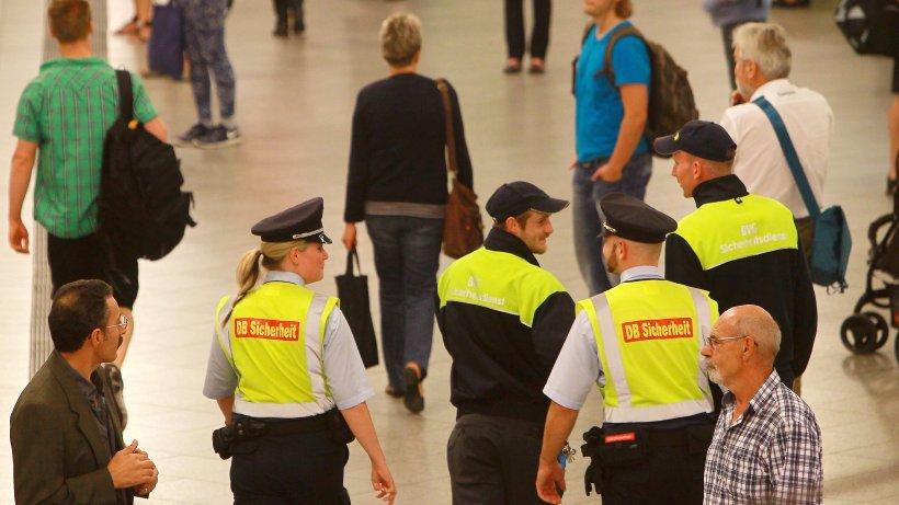 kriminalit t in berlin bvg sicherheitsdienst am bahnhof zoo attackiert polizeiberichte. Black Bedroom Furniture Sets. Home Design Ideas
